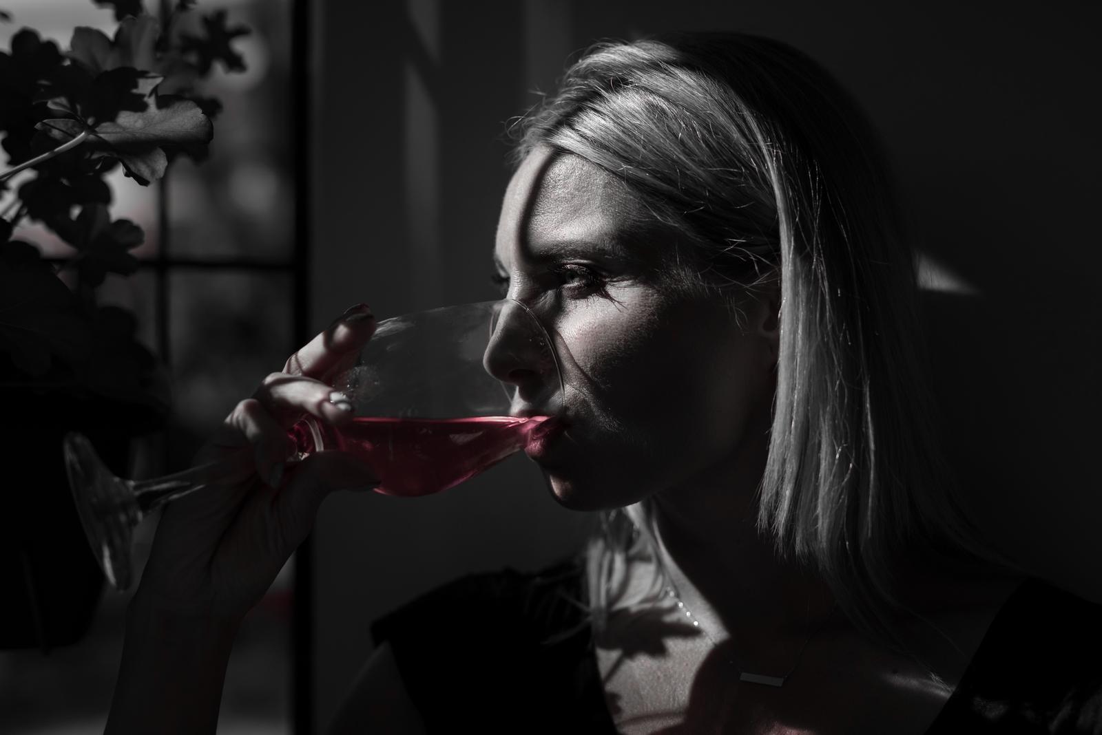 Kobieta, jak wino..